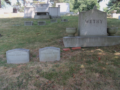 janet-tom-gravestones-forest-lawn-400