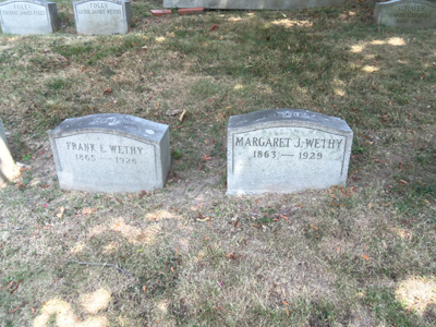 janets-parents-gravestones-forest-lawn-400